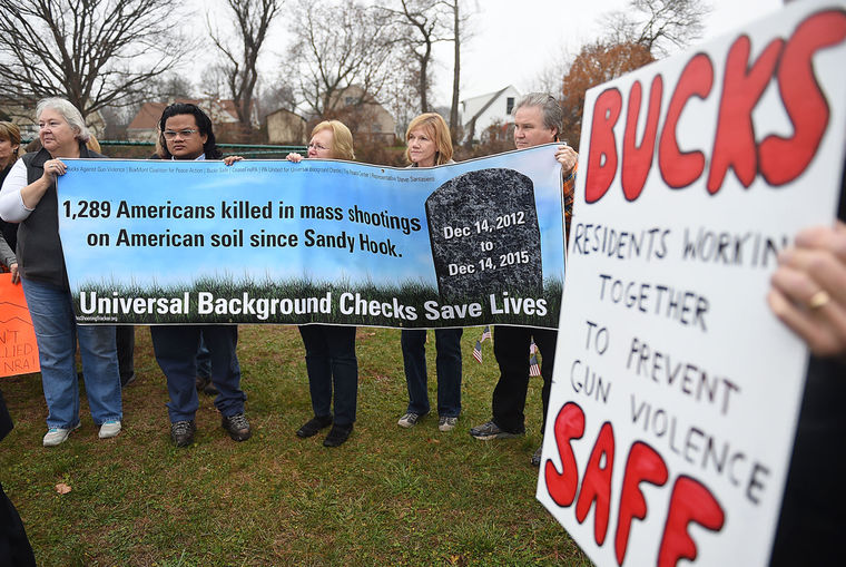 RememberSandyHookandSupportBackgroundChecks12-14-15jpg